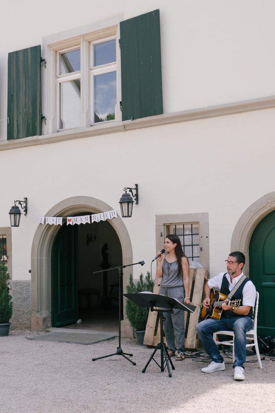 FREIE TRAUUNG AUF SCHLOSS HOHENLUPFEN IN STÜHLINGEN
